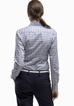 Blouse_blauwe_ruit_achter-cropped_1.png